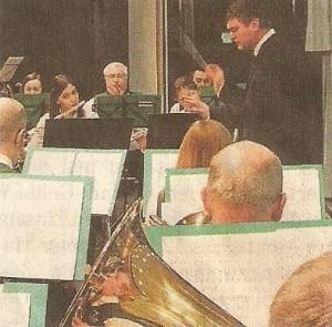 Ein schönes Winterkonzert präsentieren die Blasmusiker. Foto: Weimar